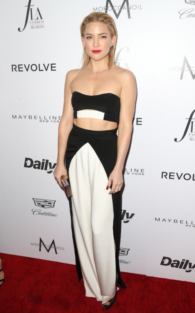 Hollywood actress Kate Hudson showed off her enviable abs, Getty