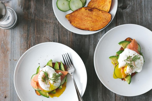 love-avocado-toast-you-need-to-try-this-for-breakfast-1864001.640x0c