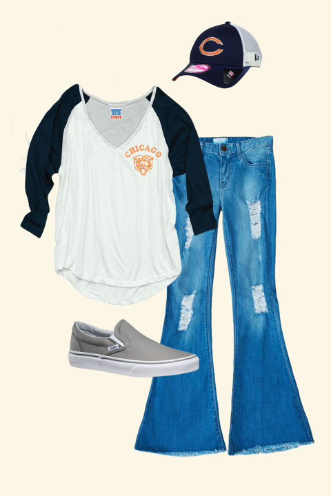 gallery-1475247198-mc-football-outfit-2