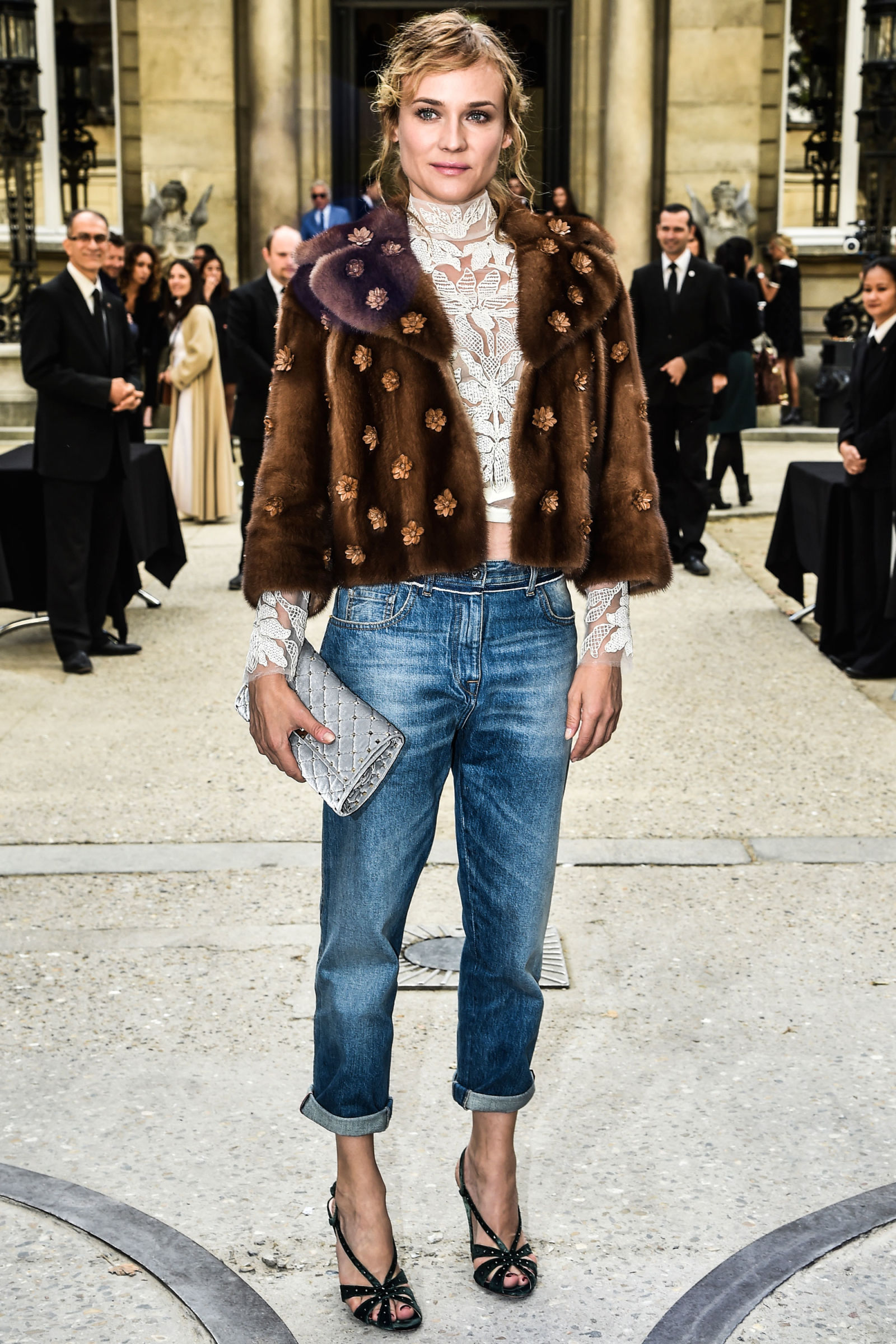 Get a Fresh Batch of Winter Styling Ideas From J Crew's Latest Looks forecasting