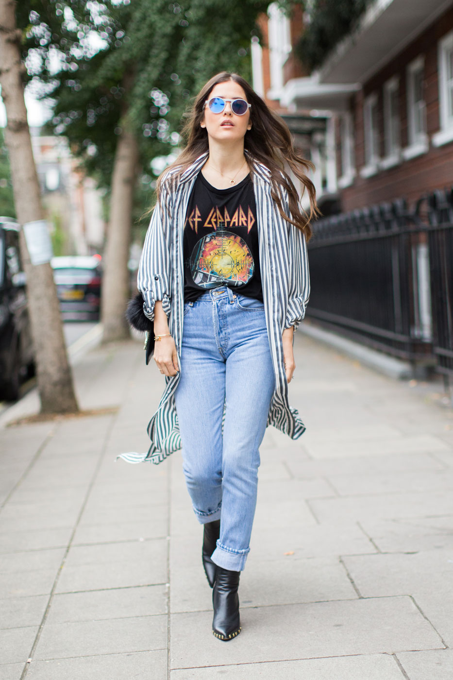 8ee42853d How to Wear a Graphic Tee: 9 Street Style Stars Show Us How It's ...
