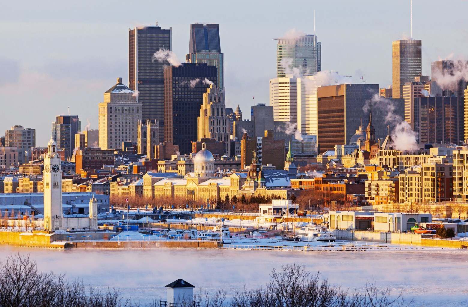00-holding-reasons-to-visit-montreal-canada-this-winter
