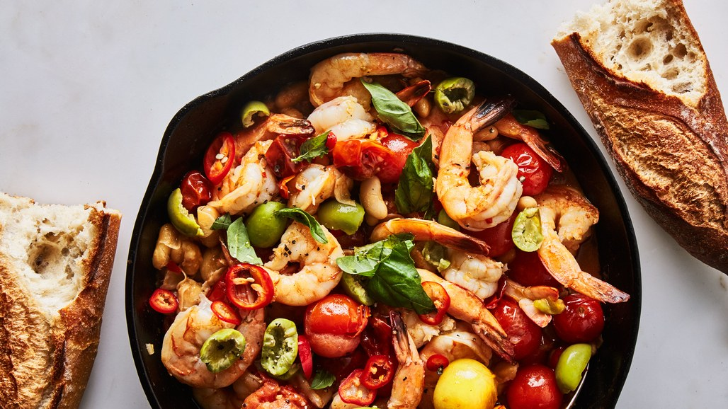 one-skillet-shrimp-and-cannellini-beans-in-tomato-chile-broth