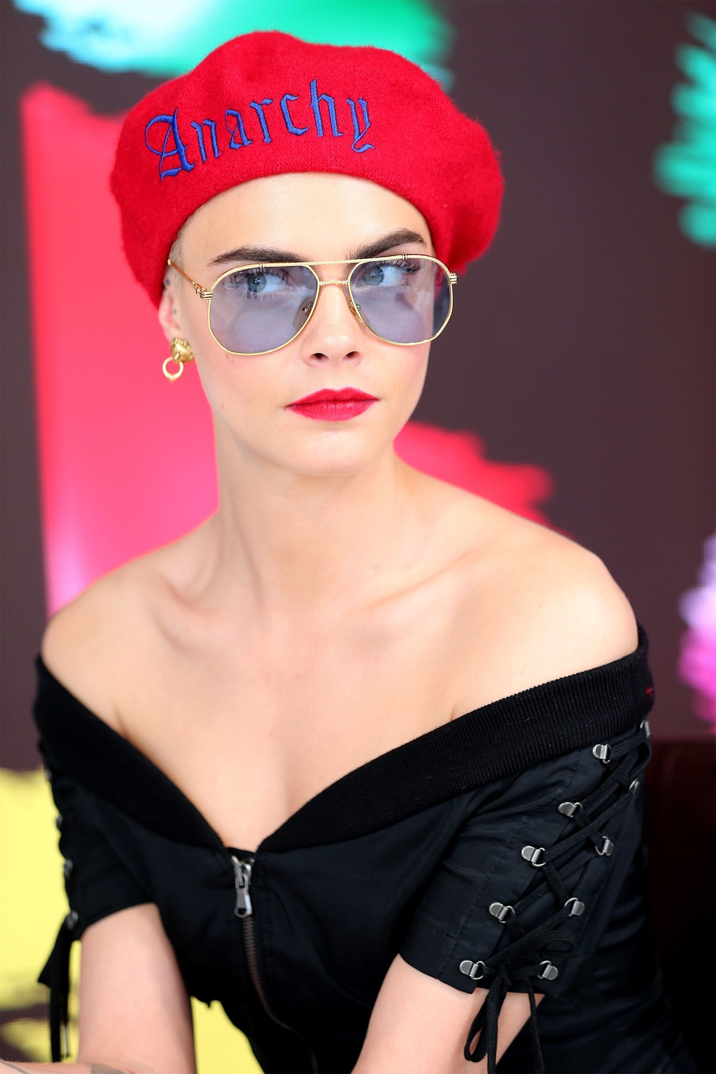 hbz-the-list-glasses-cara-getty-1497612871