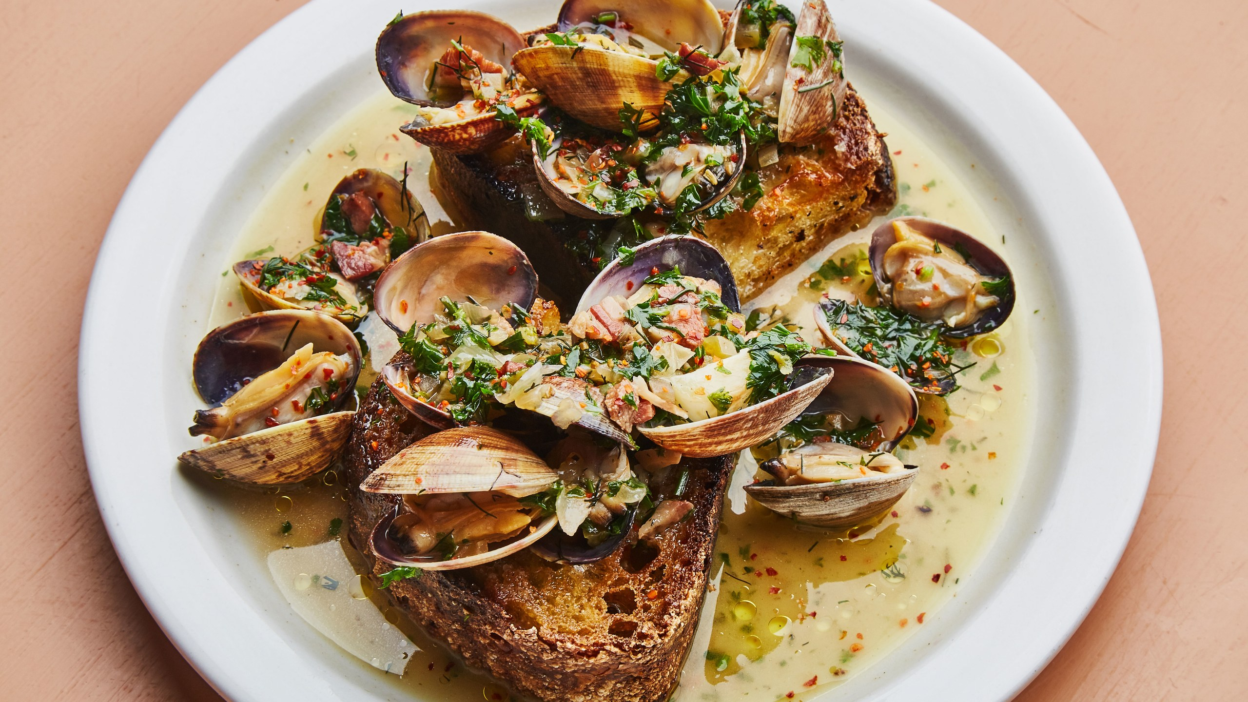 clam-toasts-with-pancetta