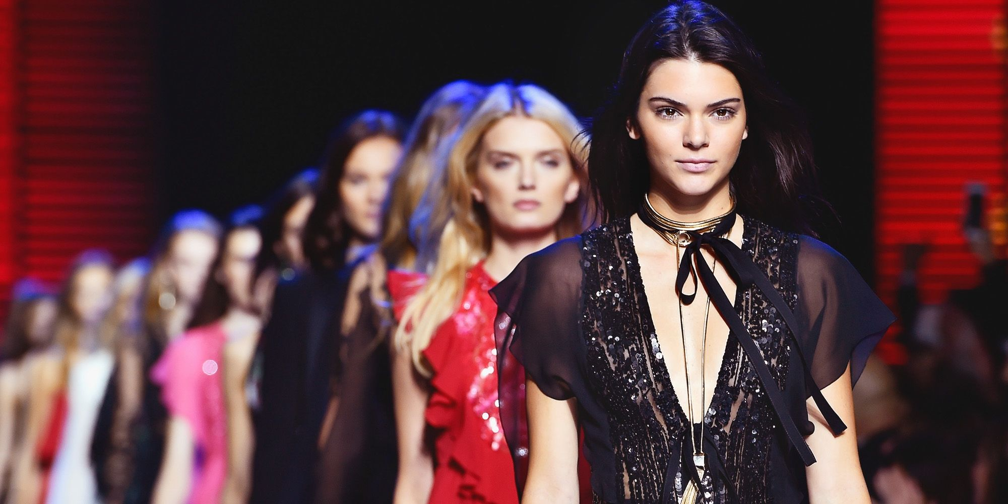 elle-kendall-jenner-to-win-fashion-icon-of-the-decade-award-1504114086
