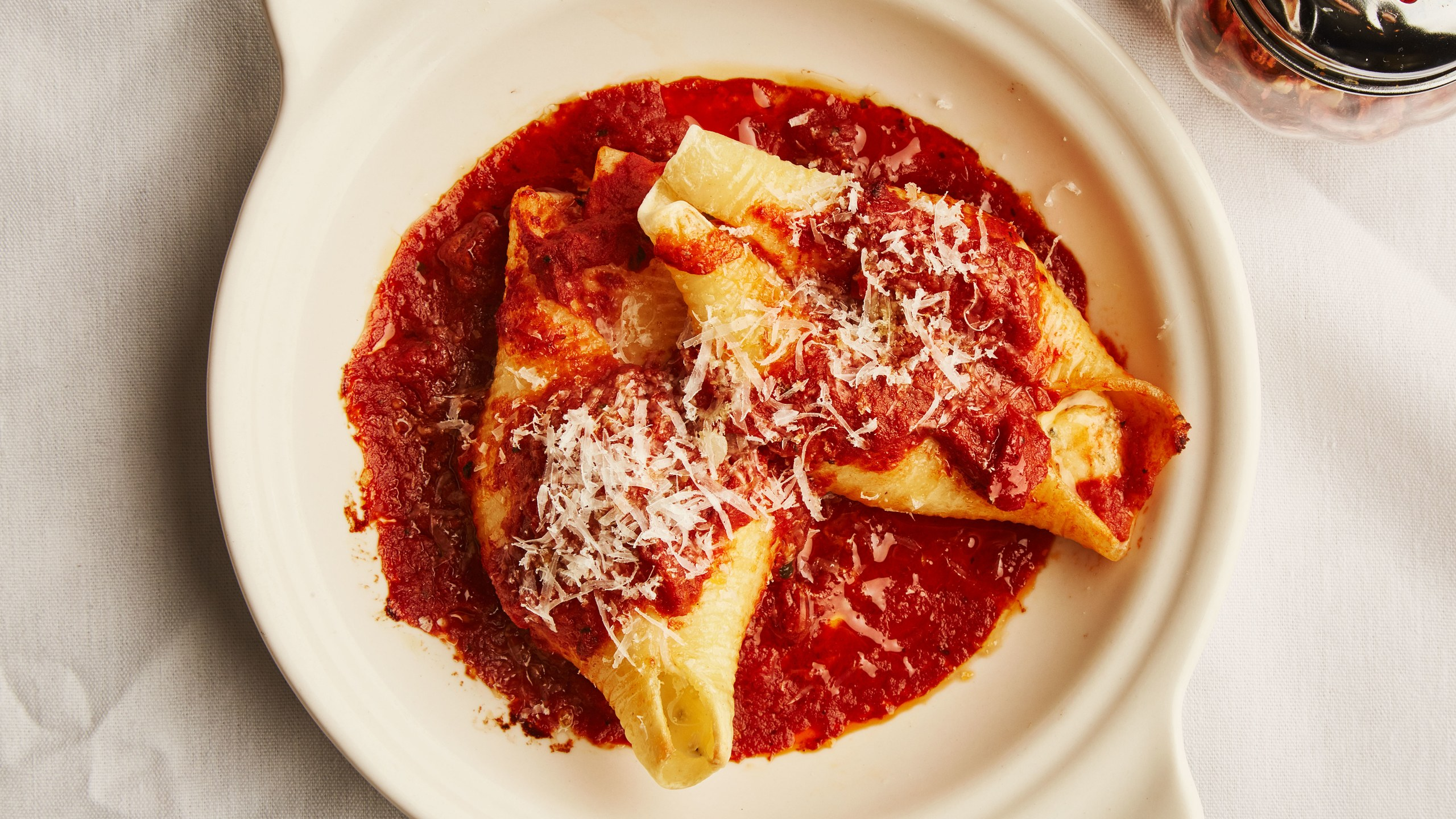 stuffed-shells-with-marinara