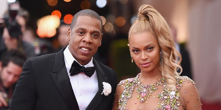"""c7002f41212 Jay-Z Made Crowd Sing """"Happy Birthday"""" To Beyoncé After Adorable Shout-Out"""