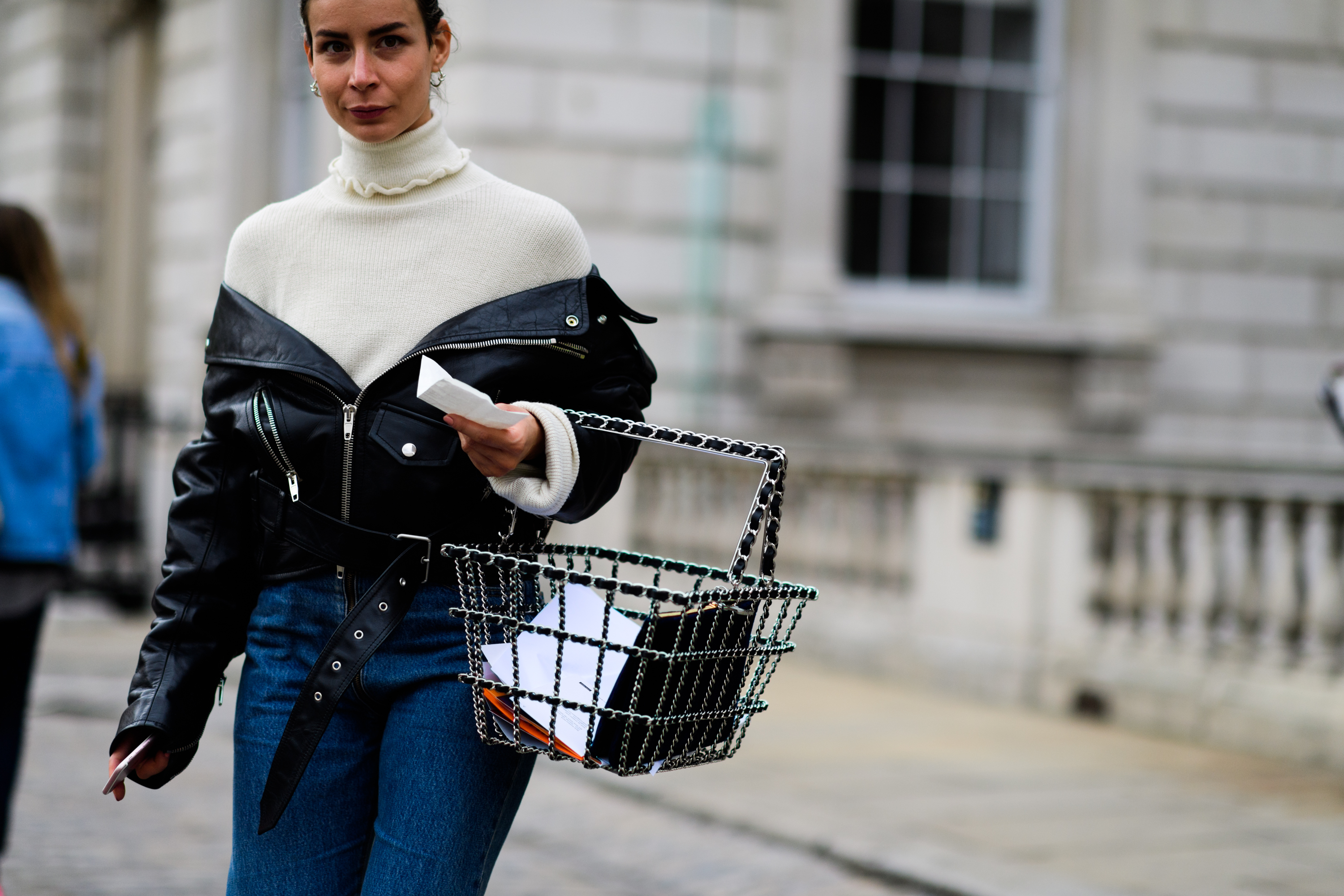london-lfw-street-style-ss18-day-1-tyler-joe-093-1505753314