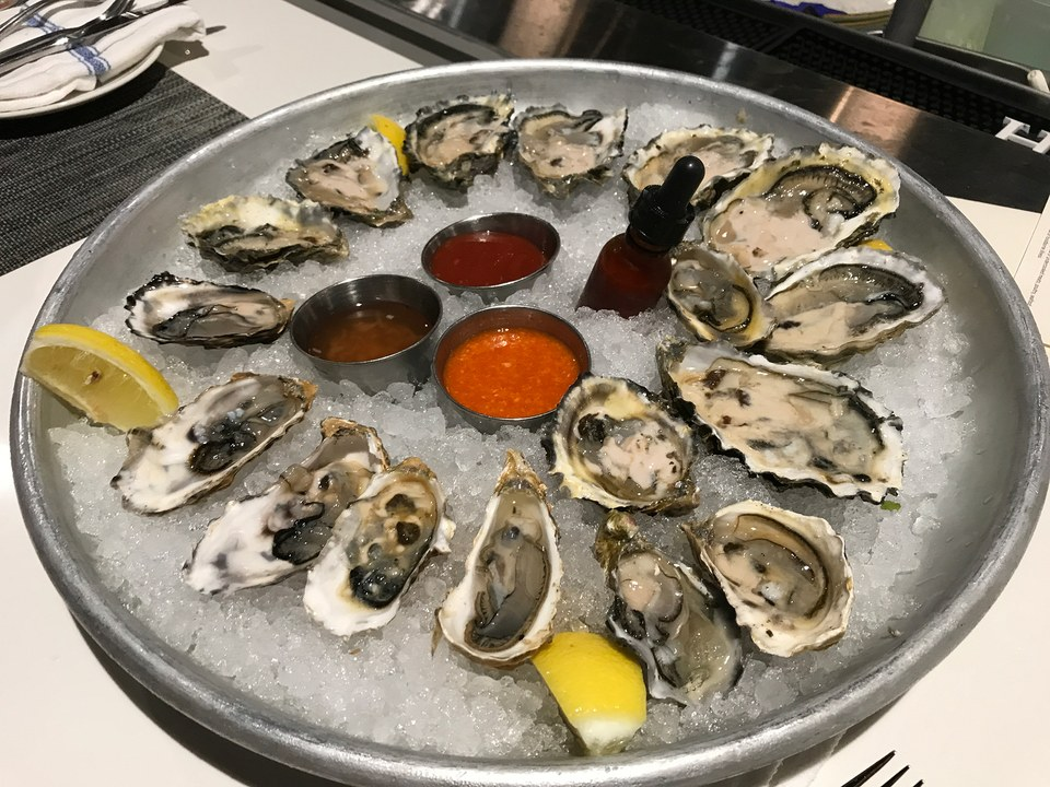 Oysters at Jianna  / Photo: Courtesy of Jenn Rice