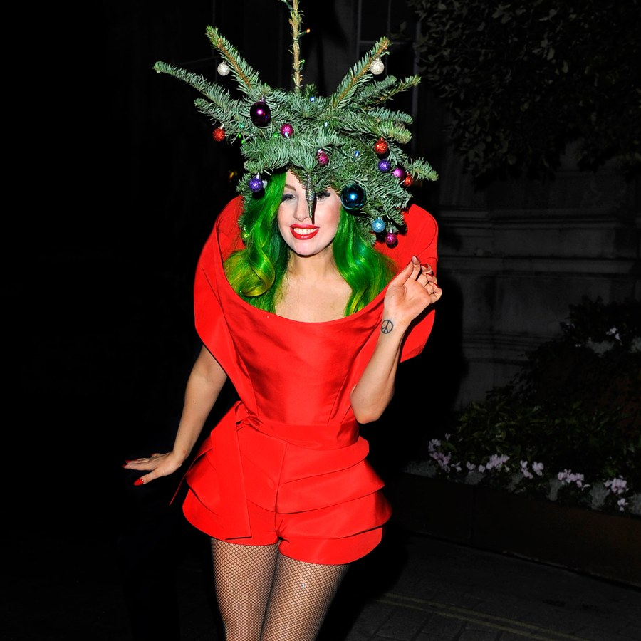 00-promo-lady-gaga-christmas