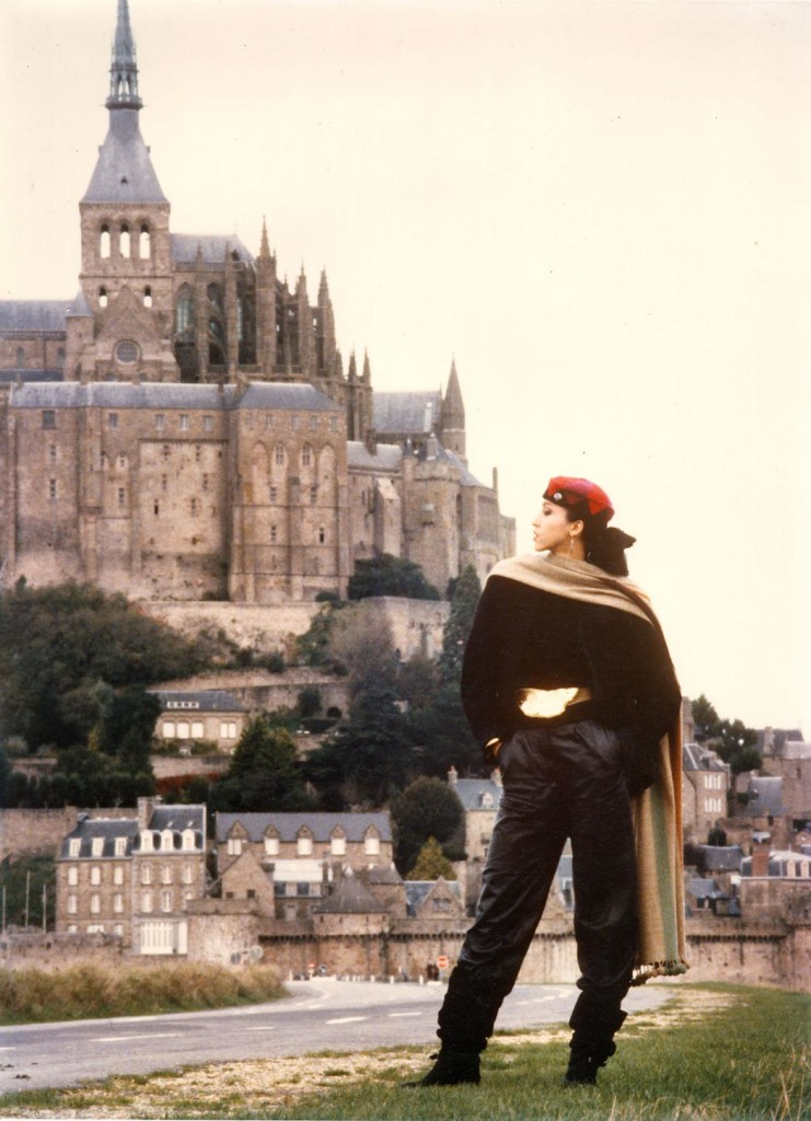 Pat in Mont Saint-Michel. Photography Paul Van Ravenstein