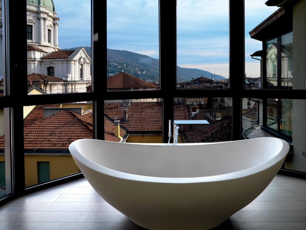 Magnificent BathsPhotography by Massimo Listri, Courtesy of Rizzoli