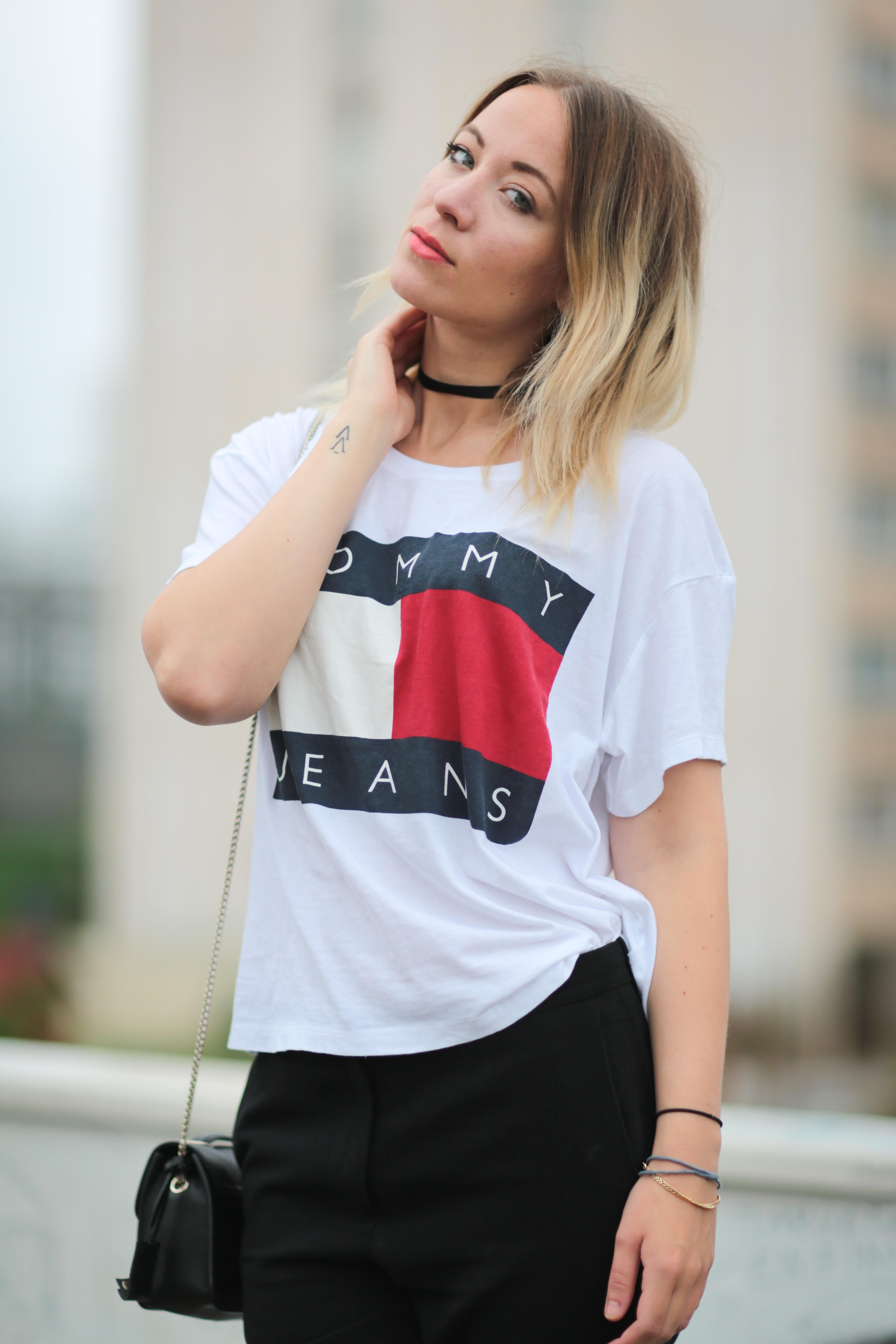 5e06b89d28c39 PARIS, FRANCE - MAY 29: Amelie Lloyd (fashion blogger @ameetslloyd) is