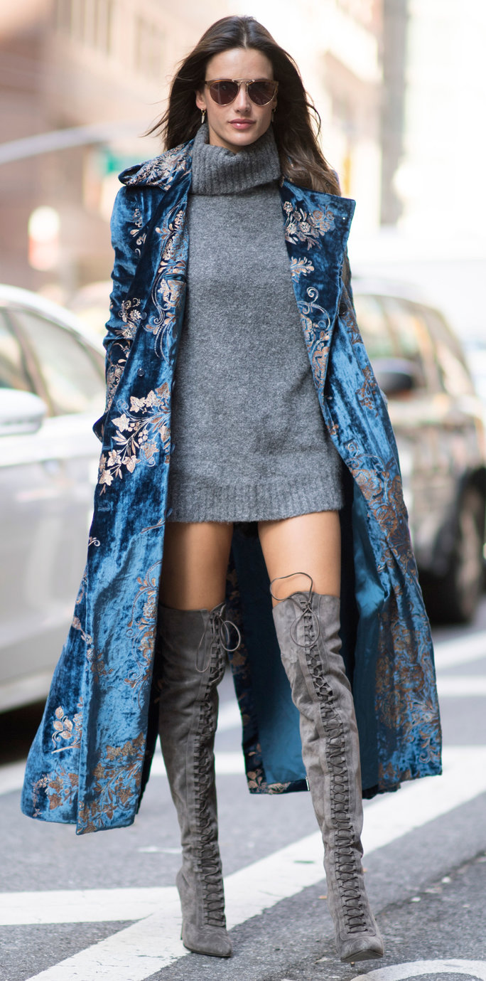 2e7d11ec21 NEW YORK, NY - NOVEMBER 01: Alessandra Ambrosio seen before the Victorias  Secret Fitting