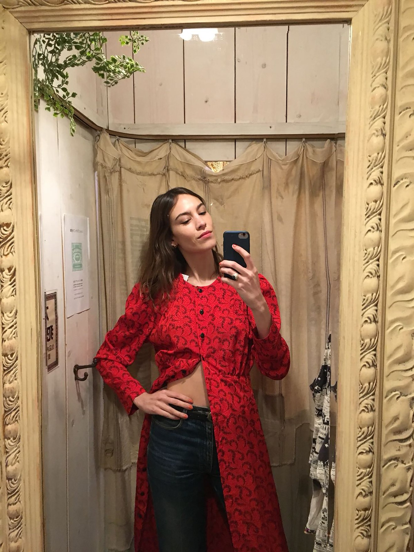 b48458c23d0 Finding Vintage Concert Tees And Cheesecloth Shirts In Tokyo With Alexa  Chung
