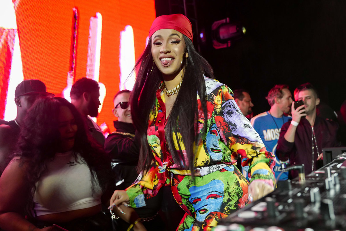 6c3470231681b Cardi B Wore a Blanket With Her Face On It Because She s Got It Like That
